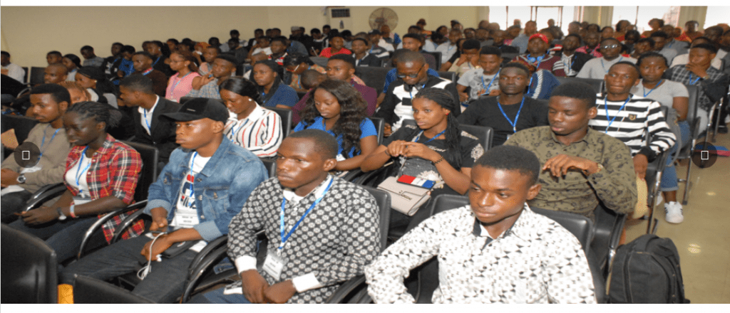 ond scholarships by Federal Government